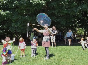 Bubbles day at Brooklyn forest school